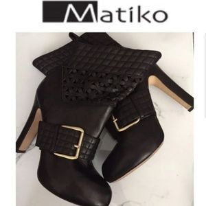 Genuine Leather Boots by Matiko